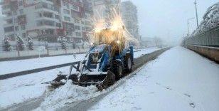 Yenişehir'de kar temizliği