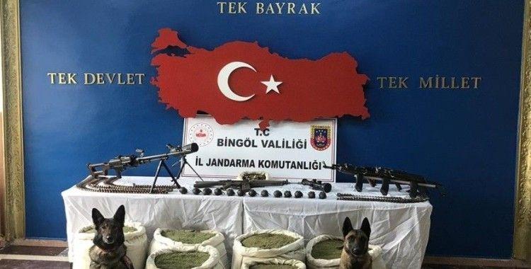 Bingöl'de Eren-4 Operasyonu'nda silahlar, mühimmat ve 150 kilo uyuşturucu ele geçirildi