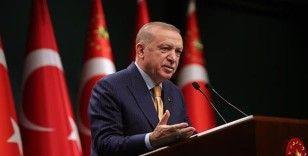 Cumhurbaşkanı Erdoğan, Türk milletinin ve İslam aleminin Regaip Kandili'ni kutladı