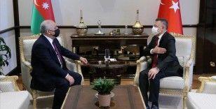 Cumhurbaşkanı Yardımcısı Oktay, Azerbaycan Başbakanı Asadov ile görüştü