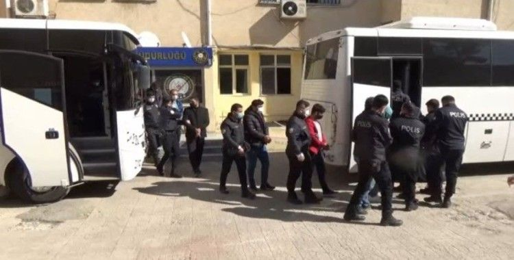 Şanlıurfa merkezli terör operasyonunda 13 tutuklama