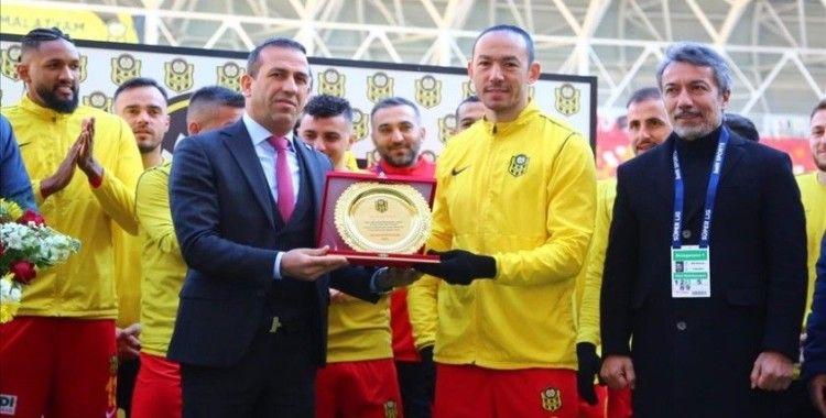 Yeni Malatyasporlu Umut Bulut, Süper Lig'de 504. maçına çıkarak tarihe geçti