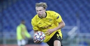 Borussia Dortmund deplasmanda 3 puanı 4 golle aldı