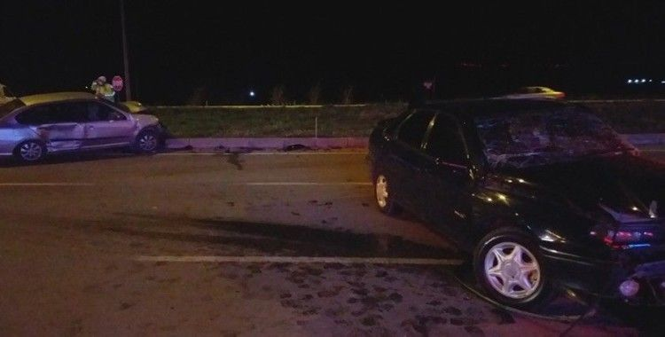 İzmir'de trafik kazası: 4 yaralı