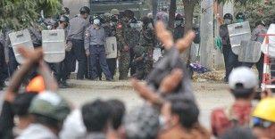 Myanmar'da askeri cunta darbe karşıtı protestocuları 'ölümcül güç' kullanmakla tehdit etti