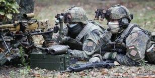 ABD'de tatbikat yapan Alman askerleri 'terörist' sanılarak FBI'a ihbar edildi