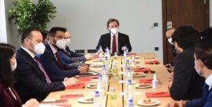 Cumhurbaşkanlığı İletişim Başkanı Altun, 'Türki Lala' dizisinin yapımcılarıyla bir araya geldi
