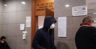 Yazar Metin Hara'nın yargılanmasına devam edildi