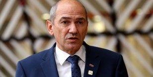 Slovenya Başbakanı Jansa'nın Kur'an-ı Kerim'e yönelik paylaşımı tepki çekti