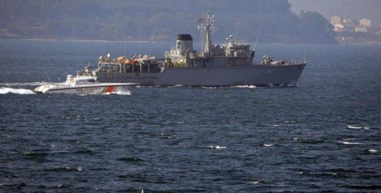 Yunan mayın tarama gemisi Çanakkale Boğazı'ndan geçti