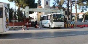 FETÖ'nün TSK yapılanmasına yönelik İzmir merkezli operasyonda yakalanan 15 şüpheli adliyede