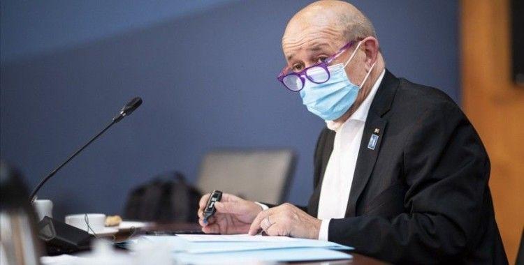 Fransız Bakan, Uygur Türklerine yapılan haksız uygulamaları gösteren belgelere ulaştığını söyledi