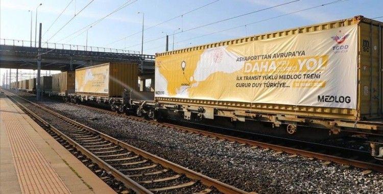 Fildişi Sahili'nden gemiyle getirilen yük Tekirdağ'dan trenle Avrupa'ya gönderildi