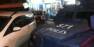 Küçükçekmece'de markette silahlı soygun