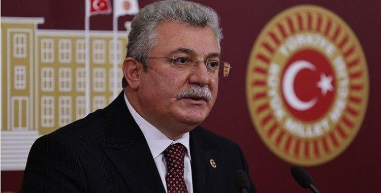 AK Parti'li Akbaşoğlu: Abdülhamid Han'ı darbeyle devletin başından uzaklaştıranlar Erbakan'ı da uzaklaştırdı
