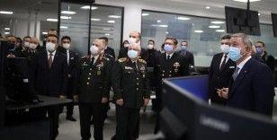 Bakan Akar ve TSK komuta kademesi, Havelsan'da incelemelerde bulundu