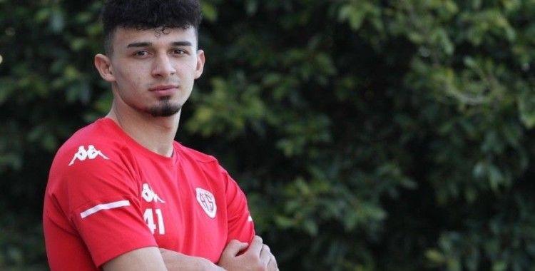 """Gökdeniz Bayrakdar: """"Beşiktaş'tan da teklif geldi"""""""