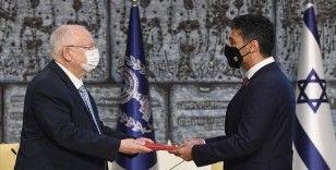 BAE'nin ilk Tel Aviv Büyükelçisi, İsrail Cumhurbaşkanı Rivlin'e güven mektubunu sundu