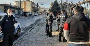 Kavga eden şahıslara sosyal mesafeden ceza yazıldı