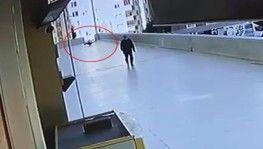 16 yaşındaki gencin 12'nci kattan düşmesi kamerada