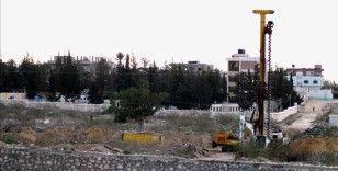 İsrail ordusunun Gazze sınırındaki beton duvar inşasını tamamladığı bildirildi