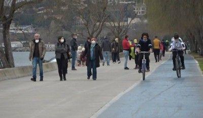 İstanbul'da cumartesi kısıtlaması kalktı, vatandaşlar sahillere akın etti