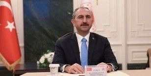 Bakan Gül: Başta terör olmak üzere sınır aşan bütün suçlarla mücadelede samimi bir iş birliği noktasında buluşmalıyız