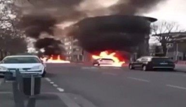 Lyon'da tansiyon yükseldi, araçlar ateşe verildi
