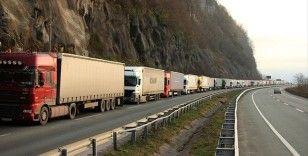 Kazakistan Türkiye'ye ilk etapta 3 bin adet ilave transit geçiş belgesi verecek