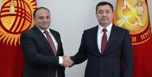 Kırgızistan Cumhurbaşkanı Caparov, Türkiye'nin Bişkek Büyükelçisi Fırat'ı kabul etti