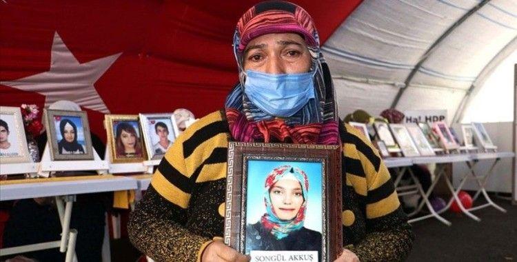 Diyarbakır annelerinden Akkuş: Ömrüm yettiğince kızımı arayacağım