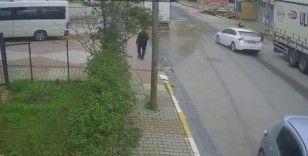 Sultanbeyli'de 5 yaşındaki çocuğa çarpan sürücü kaçtı