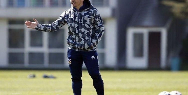 Fenerbahçe, Emre Belözoğlu yönetiminde çalışmalarını sürdürdü