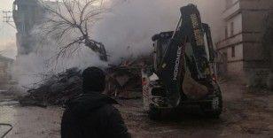 Osmaneli'nde ev yangını