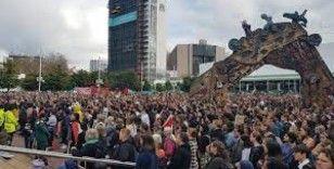 Yeni Zelandalılardan, Asya ırkçılığına karşı yürüyüş