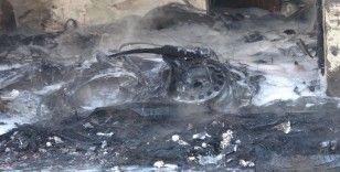 Trabzon'da lastikçi dükkanında yangın