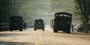 Myanmar'da 3 etnik silahlı grup, cuntayı 'ateşkesi bitirmekle' tehdit etti