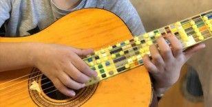 ABD'de ödül alan Lego gitar fikri 10 yaşındaki Atlas'tan çıkmış
