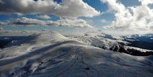 'Anadolu'nun yüce dağı' Ilgaz beyaz örtüsüyle de büyülüyor