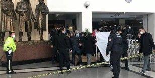 Bakırköy Adliyesi'nde bir mübaşir, 7. kattan atlayarak intihar etti