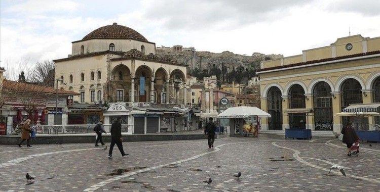 Yunanistan'da Kovid-19 tedbirleri gevşetiliyor