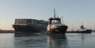 Süveyş Kanalı'nın kapanmasına neden olan kazayla ilgili soruşturma başlatıldı