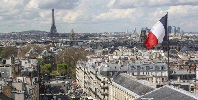 Fransa'da Senato'dan 'ayrılıkçı' yasa tasarısına başörtüsü yasağını içeren 3 madde ekleme kararı
