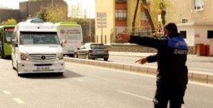 Diyarbakır Büyükşehir Belediyesi, zabıta ekiplerinde toplu taşıma şoförlerine salgın uyarısı