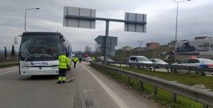 Bursa'da şehirler arası yolcu otobüsü tırla çarpıştı: 4 yaralı