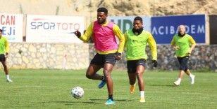 Yeni Malatyaspor'da 4 futbolcuda koronavirüs çıktı