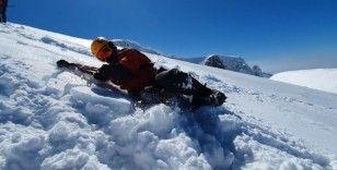 Uludağ'da bahar ortasında nefes kesen kış tatbikatı