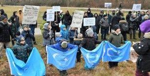 Uygur Türkleri, İsveç Parlamentosu önünde Çin zulmünü protesto etti
