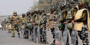 Hindistan'da 10 Arakanlı Müslüman'ın zorla gözaltı merkezine götürüldüğü öne sürüldü