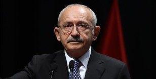 Kılıçdaroğlu, Ankara Büyükşehir Belediyesinin başlattığı 'Yeşilin Başkenti' projesinden 1881 fidan satın aldı
